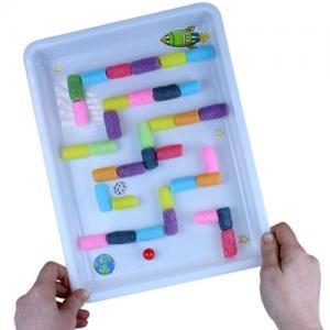fabriquer-un-labyrinthe-a-bille-avec-les-enfants
